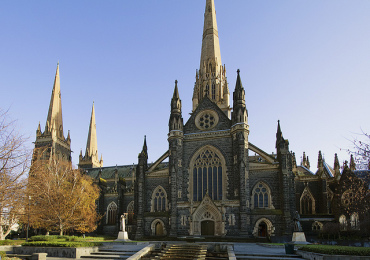 Nha-tho-St Patrick Cathedral-Uc