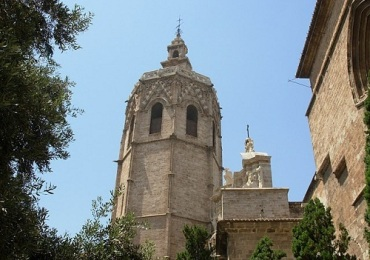 Tower-Miguelete-visit-in-Valencia
