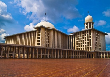 istiqlal_mosque_in_jakarta__indonesia-1024x768