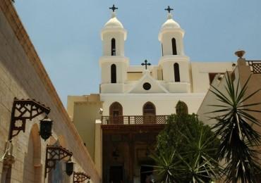 chiesa-sospesa